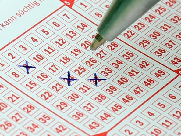 Ish Stabosz - lottery